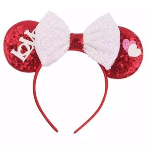 Minnie Mouse Love & Hearts Sequin Headband w/ Bow